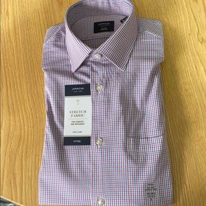 Men's Fitted Button Up Shirt